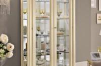 Шкаф витрина для посуды в гостиную. Преимущества и советы по выбору