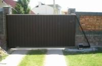 Откатные и раздвижные ворота из разных материалов