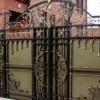 Особенности и преимущества кованых ворот