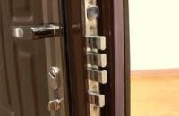 Правила выбора металлических дверей