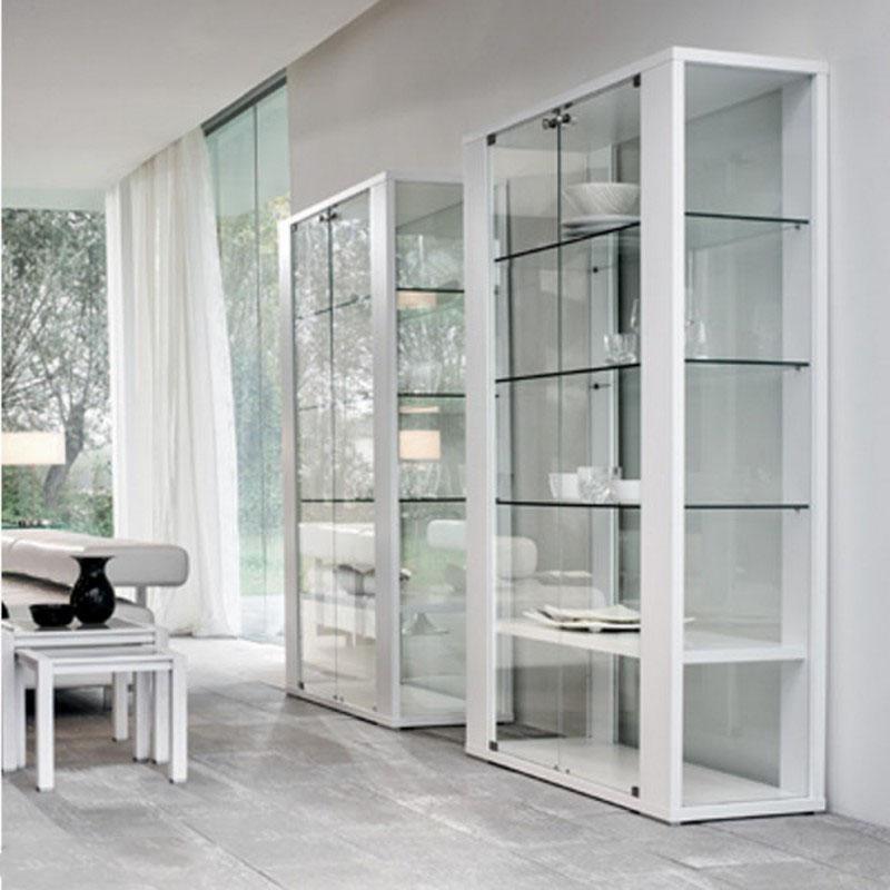 открытый шкаф витрина белого цвета