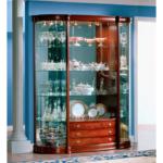 шкаф витрина овальной формы