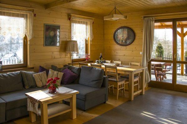 стол в дизайне гостиной