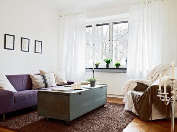 сундук в интерьере современной гостиной