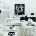 светлая мебель придает атмосферность гостиной комнате