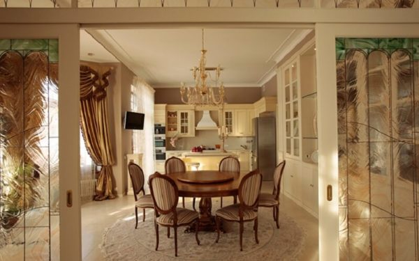 роскошный интерьер в классическом стиле