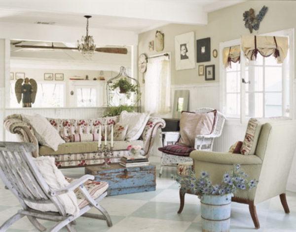 пастельная гостиная в стиле шебби-шик