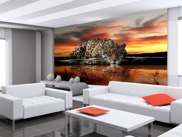 Животный стиль создаёт определённый колорит в гостиной