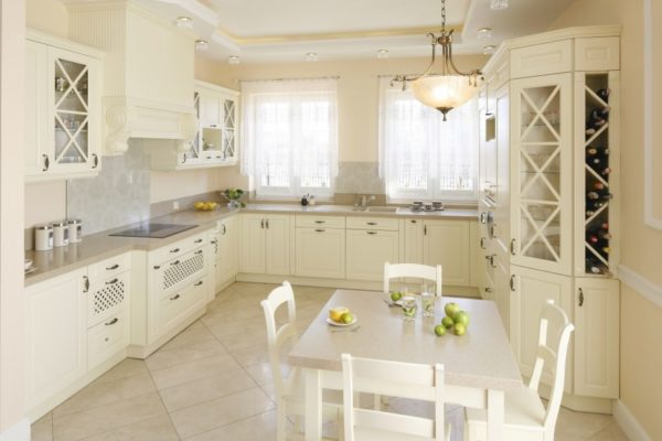 элегантная кухня гостиная