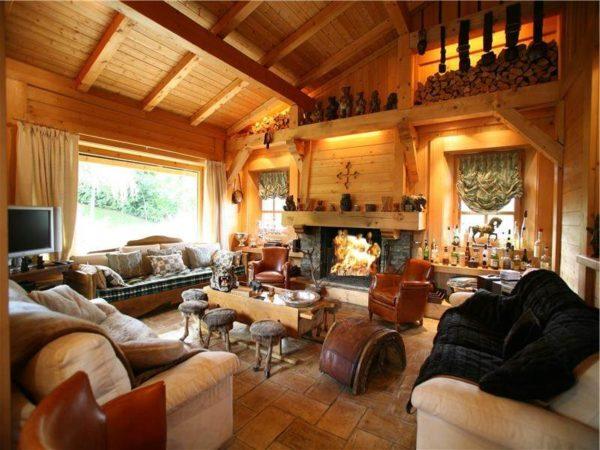 гостиная из дерева