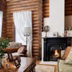 красивый дизайн гостиной из дерева