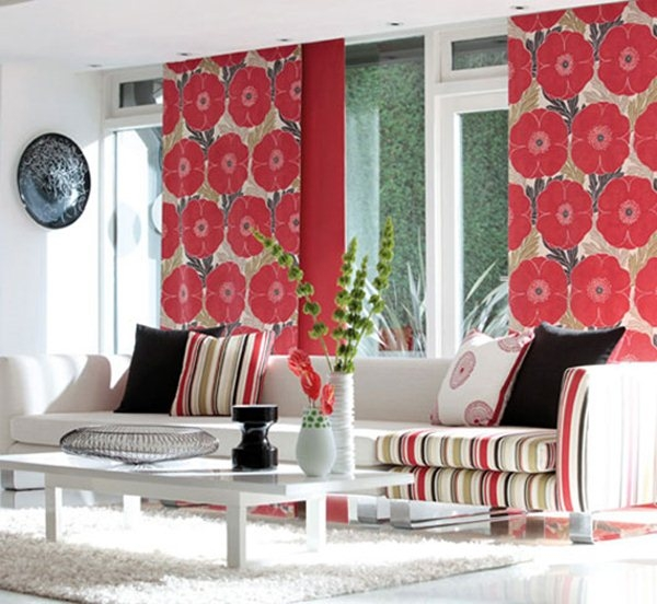 Шагаем в ногу со временем: выбираем шторы для гостиной в современном дизайне