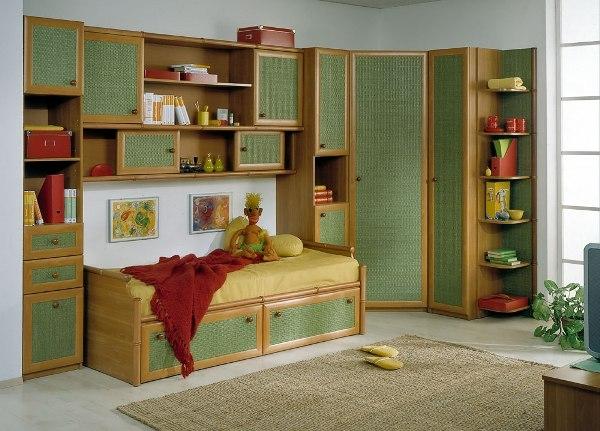 Угловой шкаф в детскую: как выбрать подходящую модель для ребёнка