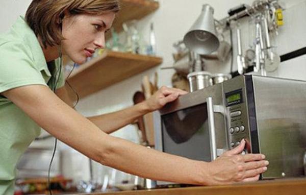 Выбираем микроволновую печь — 10 важных функций техники