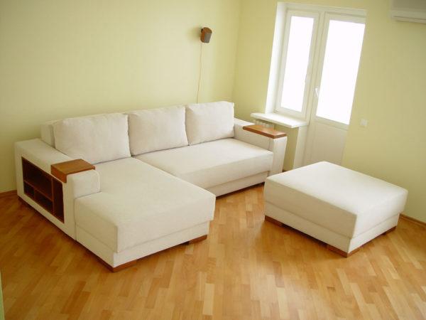 Угловой комплект из раскладного дивана для гостиной