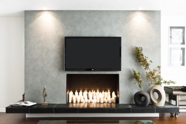 камин под телевизором