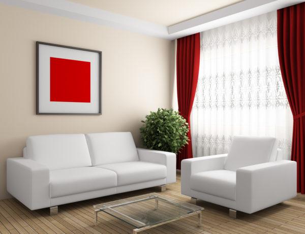 игра акцентов в интерьере со светлой мебелью в небольшой гостиной