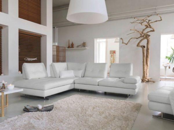 белая мебель в интерьере гостиной комнаты