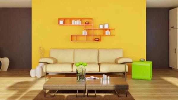 желтые оттенки в интерьере гостиной