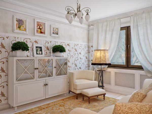 Светлая гостиная с мягким креслом