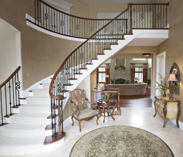 белый цвет в оформлении гостиной