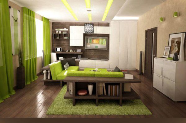 яркие шторы в интерьере гостиной комнаты