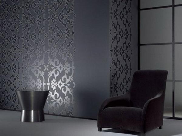 богатый серый оттенок стен в гостиной