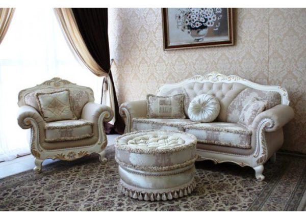 Мебельный светлый комплект в гостинную