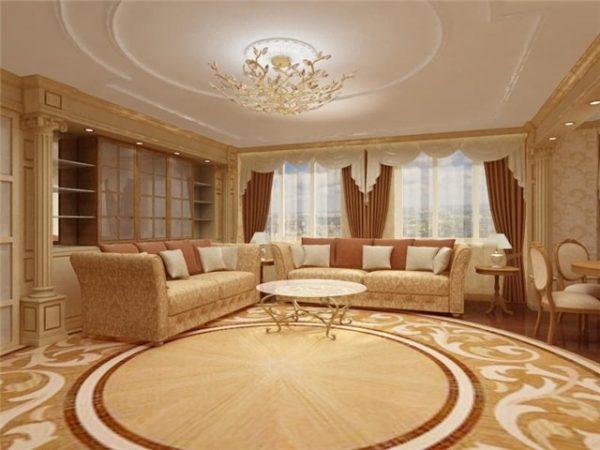 Высокие потолки и просторную гостиную можно оформить в классическом стиле.