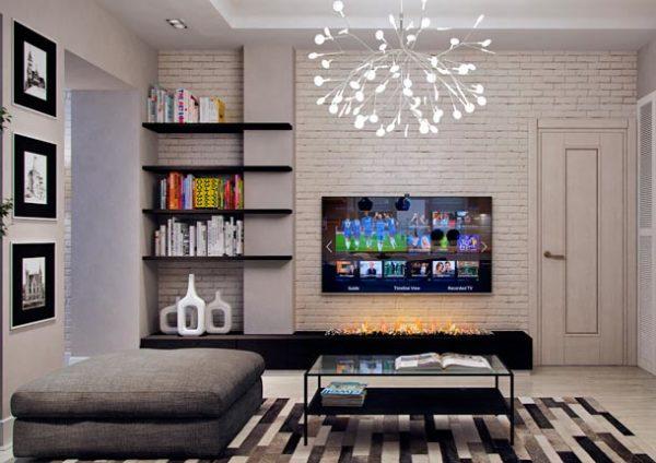 Стена со светлой кладкой в гостиной