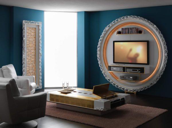 Телевизор в круглой раме в гостиной