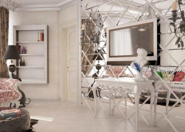 Зеркала в гостиной с телевизором