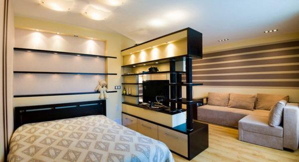 Подсветка мебели в гостиной-спальне