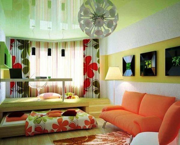 Гостиная-спальня с подиумом для рабочей зоны